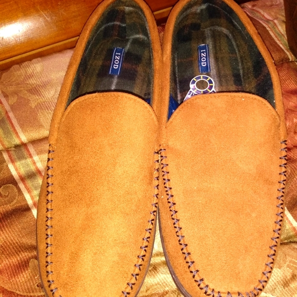 Izod men's house slippers size 13/14 new